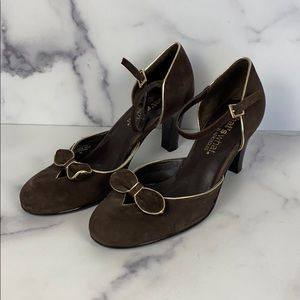 AEROSOLES brown suede gold trim heels size 7